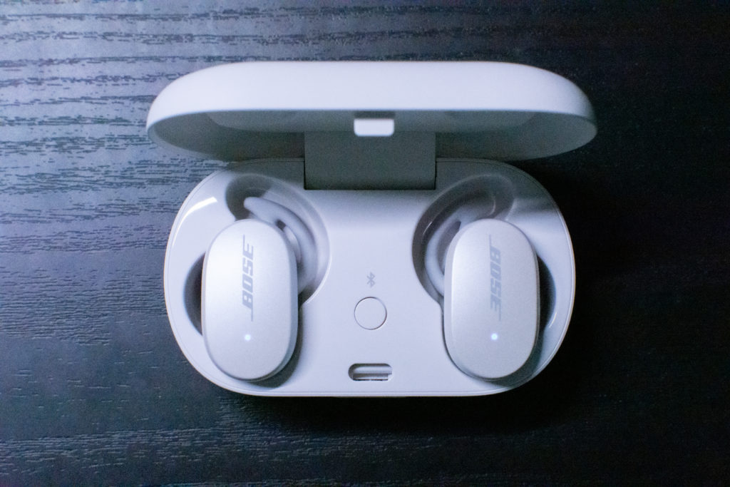 QC_Earbuds7